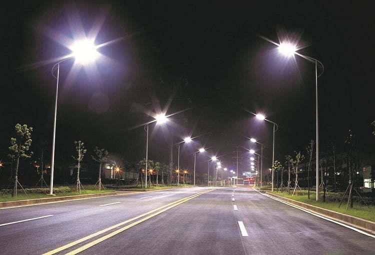 ứng dụng đèn cao áp trong chiếu sáng đường phố